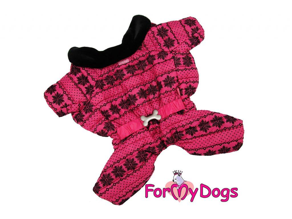 Obleček pro fenky – teplý zimní overal PINK SNOWFLAKE od ForMyDogs z voduodpuzujícího materiálu s kožešinovou podšívkou. Zapínání na druky na bříšku, barva růžová.