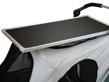 upravovaci stolek na kocarek petstro 2