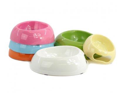 Melamínové misky pro střední psy vhodné na vodu i krmivo s praktickým výřezem pro snadnou manipulaci. Materiál plast, protiskluzové, výběr barev.