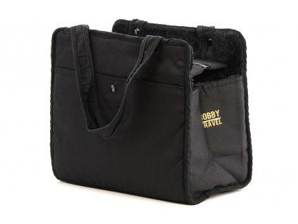 Černá taška na psy ve stylovém designu a luxusním provedení od BOBBY. Zpevněná vyjímatelná podložka, bezpečnostní poutko s karabinou na obojek, nosnost 5 kg.