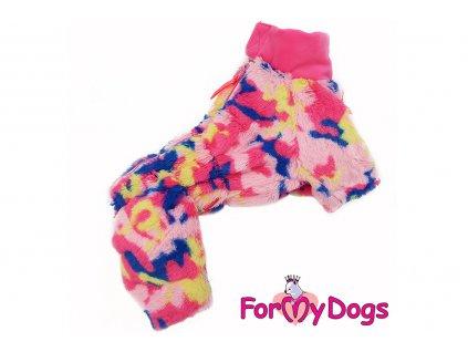 Obleček pro fenky – teplý zimní overal PINK CAMOUFLAGE od ForMyDogs z plyšové kožešiny. Zapínání na zip zádech, zvýšený límec pro lepší ochranu krku.