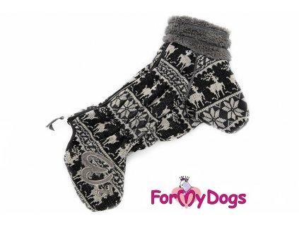 Obleček pro psy – teplý zimní overal BLACK RAINDEER od ForMyDogs z úpletu s žakárem. Zapínání na zip zádech, zvýšený huňatý límec, kožešinová podšívka.