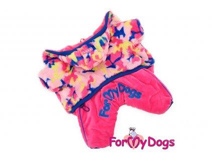Obleček pro fenky – teplý zimní overal PINK HOODY od ForMyDogs z plyšové kožešinky. Zapínání na druky na bříšku.