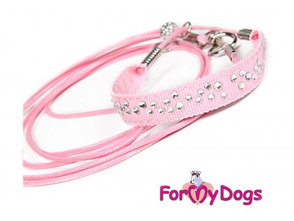Výstavní/předváděcí vodítko pro psy od ForMyDogs. Délka 135 cm, nastavitelný nákrčník, barva růžová s bílými kamínky.