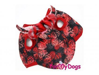 Obleček pro psy i fenky od FMD – teplá zimní bunda BUTTERFLIES z voduodpuzujícího materiálu s kožešinovou podšívkou. Zapínání na druky na bříšku.