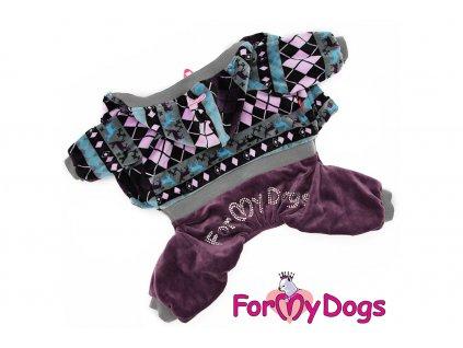 Obleček pro psy i fenky – teplejší velurový overal od For My Dogs zdobený aplikací z krystalů. Zapínání na druky na břiše, pružné lemy, barva šedo-fialová.