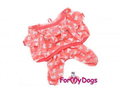 Obleček pro psy i fenky – měkoučký overal BOW od ForMyDogs z plyšové kožešinky vhodný do suchého chladného počasí. Barva růžová.