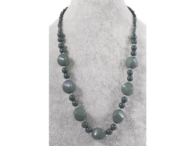 Šedý náhrdelník