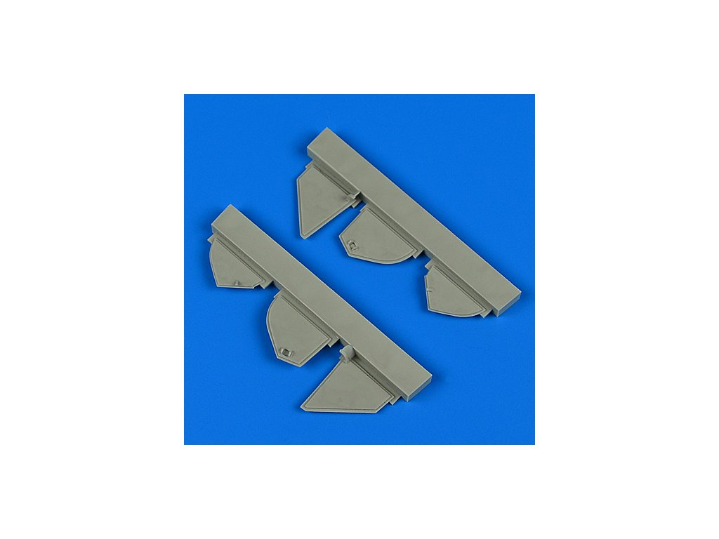 1/72 Defiant Mk.I undercarriage covers (AIRFIX)