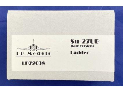 LP 72038 L