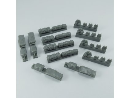 1/48 German WWII packs and bags (1/48 scale)