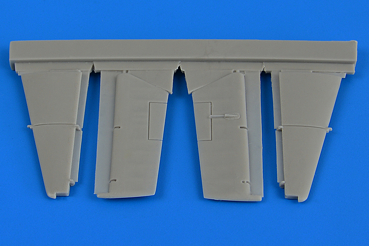 1/72 F4F-4 Wildcat control surfaces (AIRFIX)