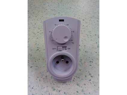 Zásuvkový termostat TH-926T