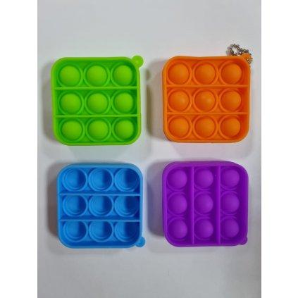 Antistresová hračka  POP IT prívesok štvorec 6,5cm