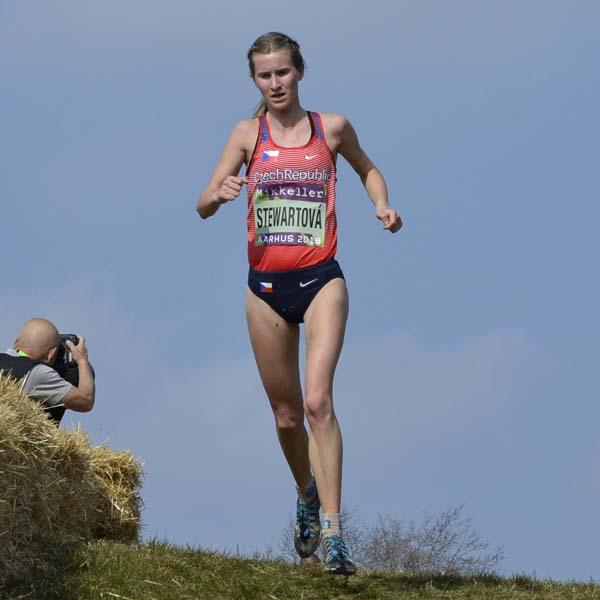 Moira Stewart - Atletka