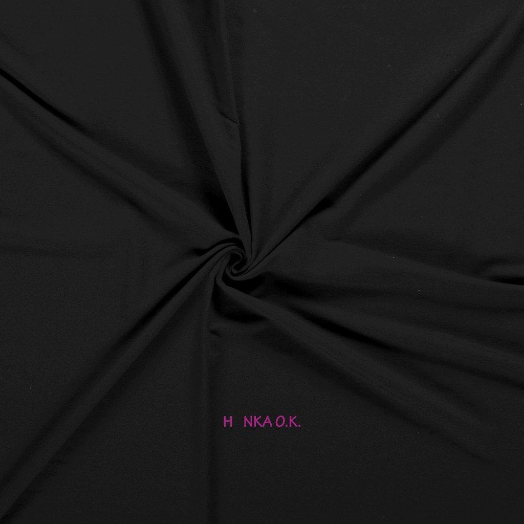 černá1