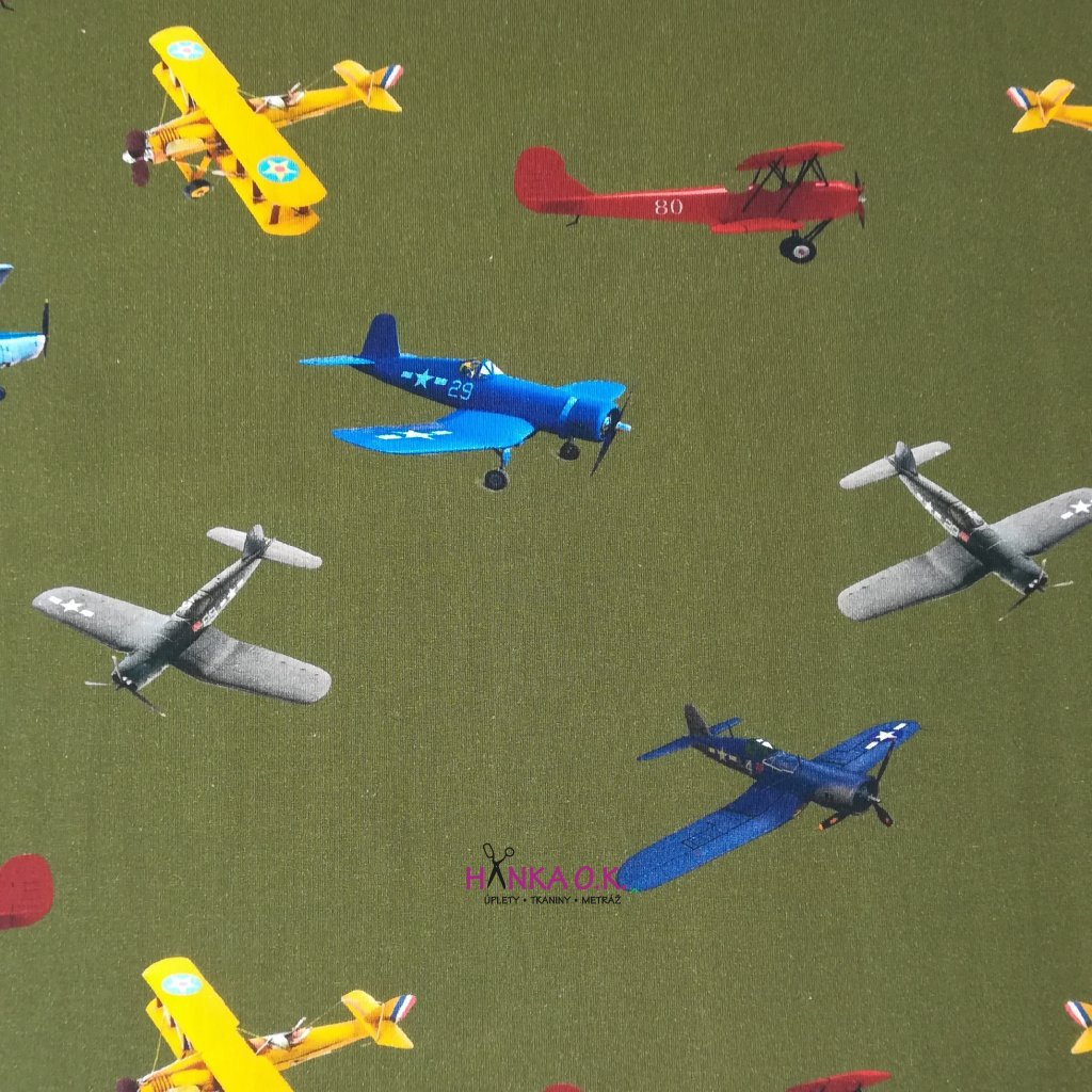 Úplet letadla na zelené army