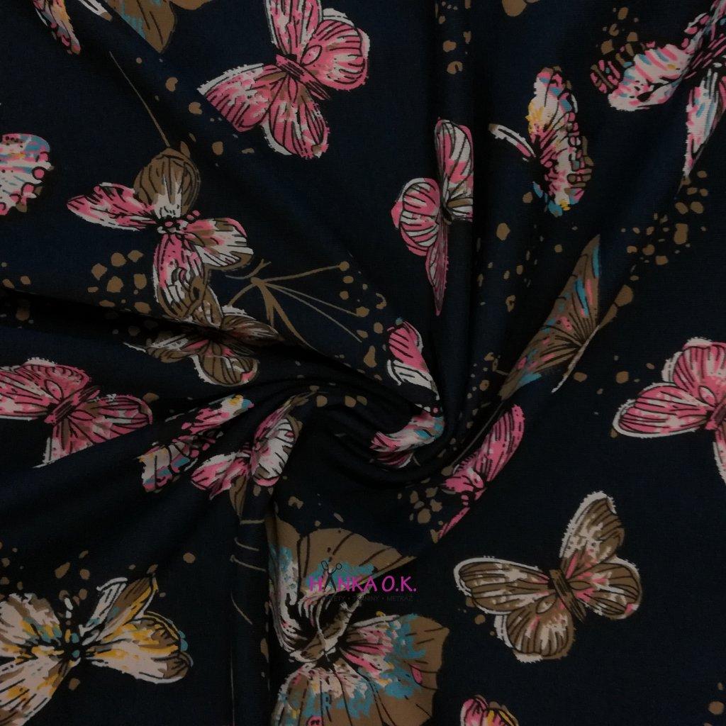 Úplet motýli na modré navy 210g