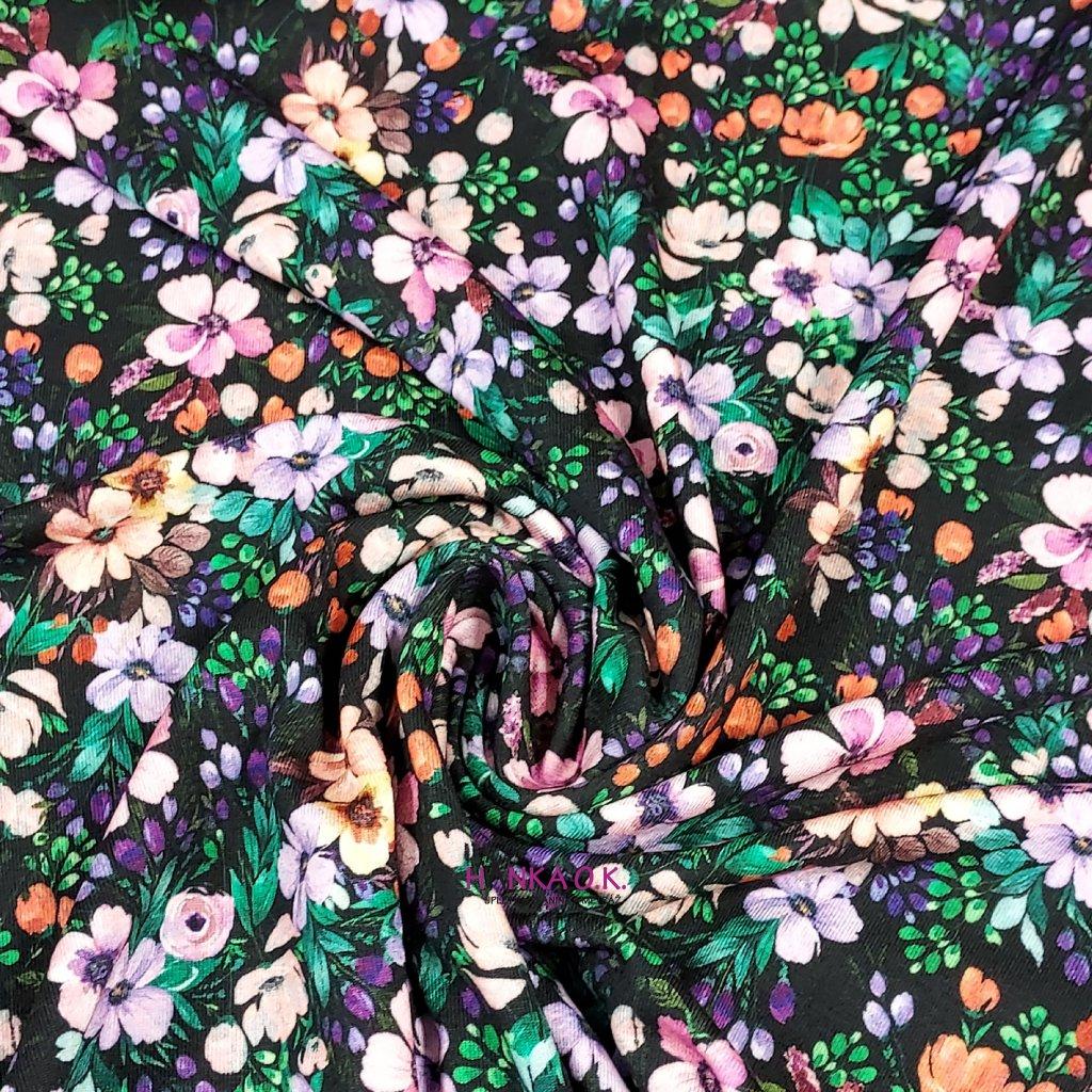 Viskozový úplet 200g - barevné květy tmavé digitisk