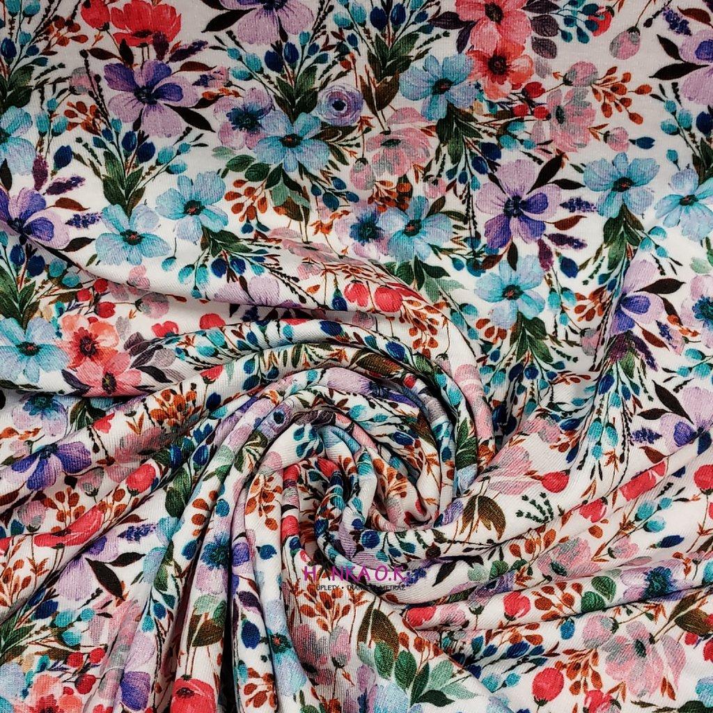 Viskozový úplet 200g - barevné květy světlé digitisk
