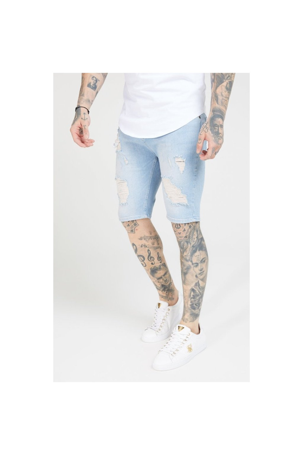 siksilk distressed skinny shorts light wash p1706 28643 medium