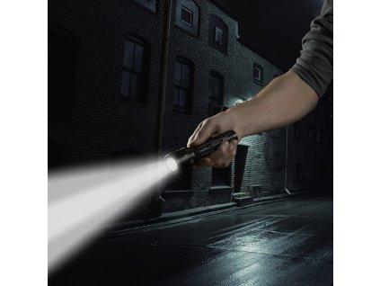 taktická svítilna 2