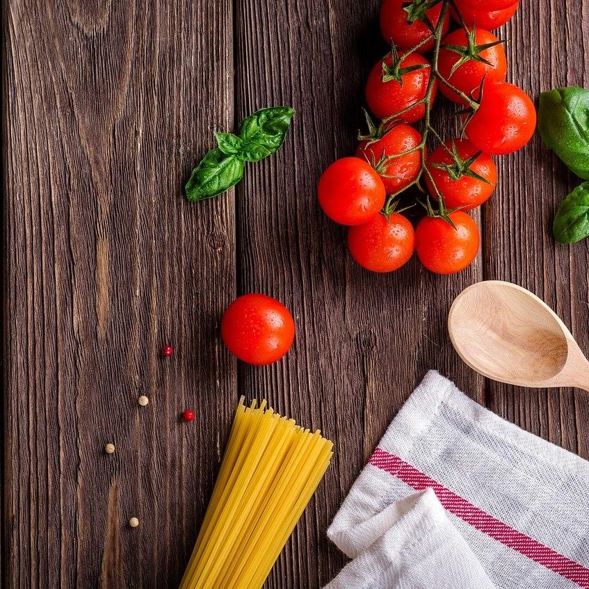 Jak se správně starat o pracovní desku v kuchyni