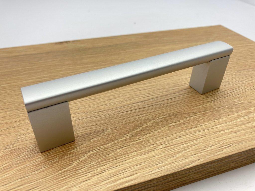 nabytkova uchytka porta hlinik detail 14
