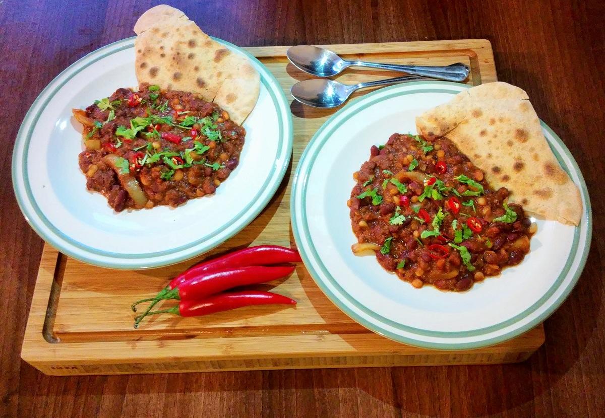 Chilli con carne / sin carne s Tomatoxinem