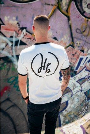 Bílé triko s černými lemy Hoofbeats