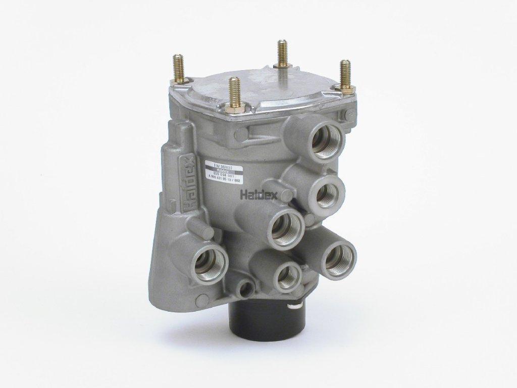 Řídící ventil přívěsu 11 bar D-C min2 ks(1ks 7820,-)