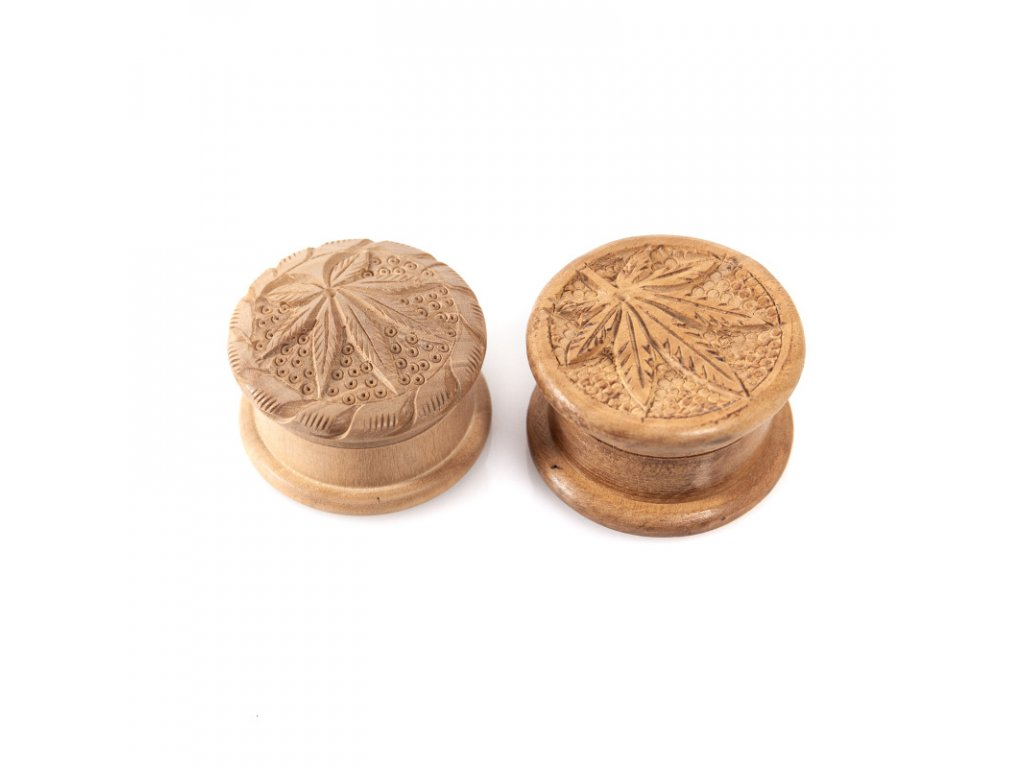 Drtička dřevo kulatá 5 cm vyřezávaná