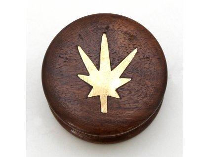 Drtička dřevo kulatá s listem 5,5 cm mosaz