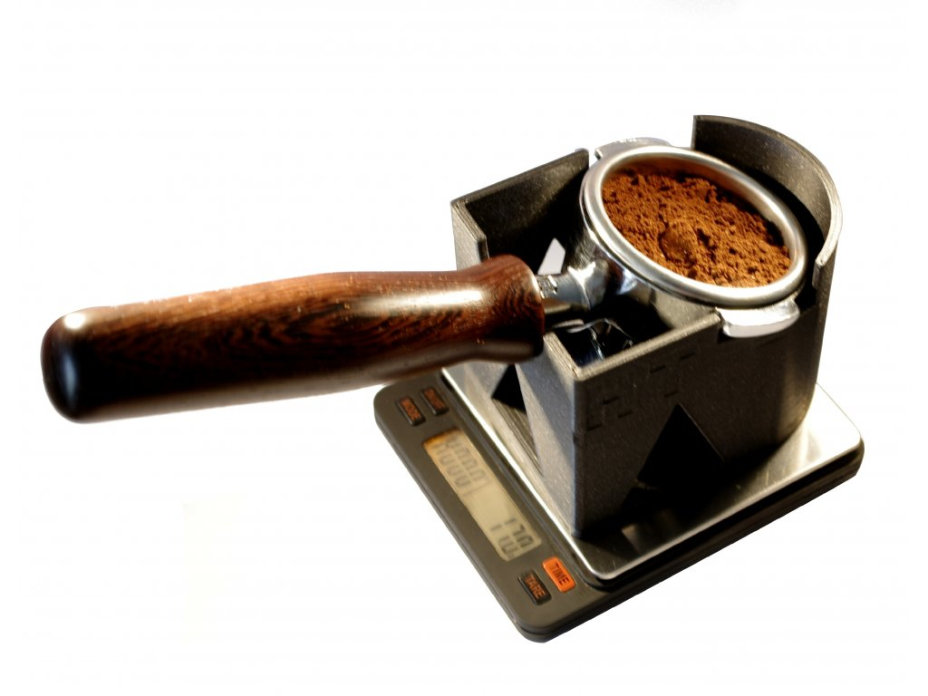 stand s pákou a kafem lesk