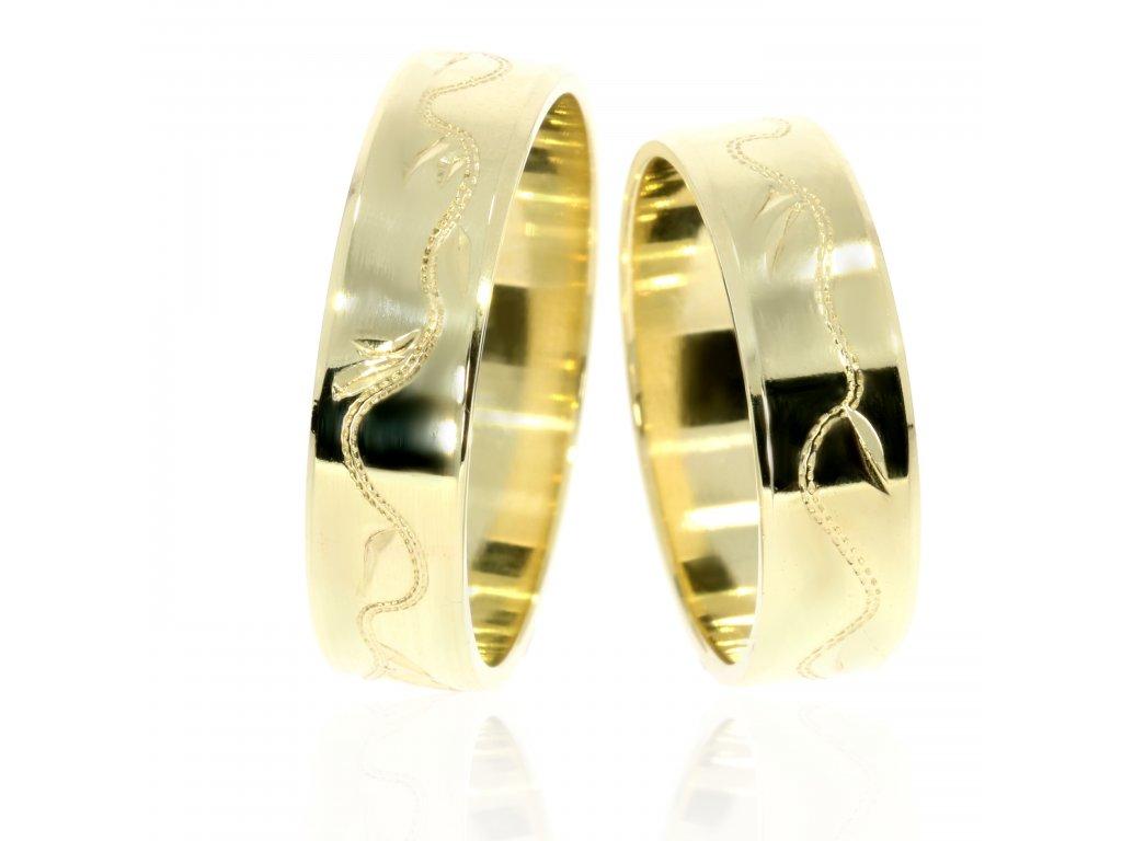 2867 1 zlate snubni prsteny
