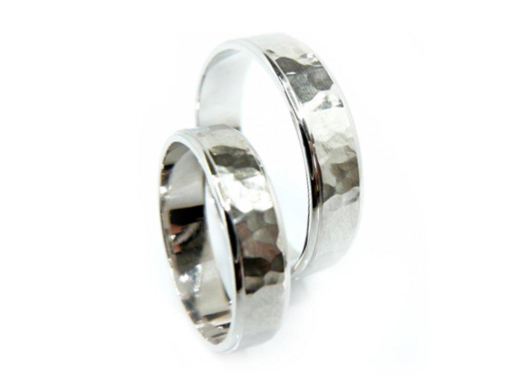 3017 1 zlate snubni prsteny
