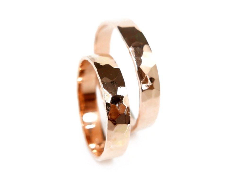 3095 1 zlate snubni prsteny