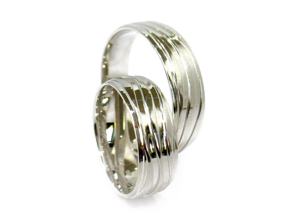 3137 1 zlate snubni prsteny