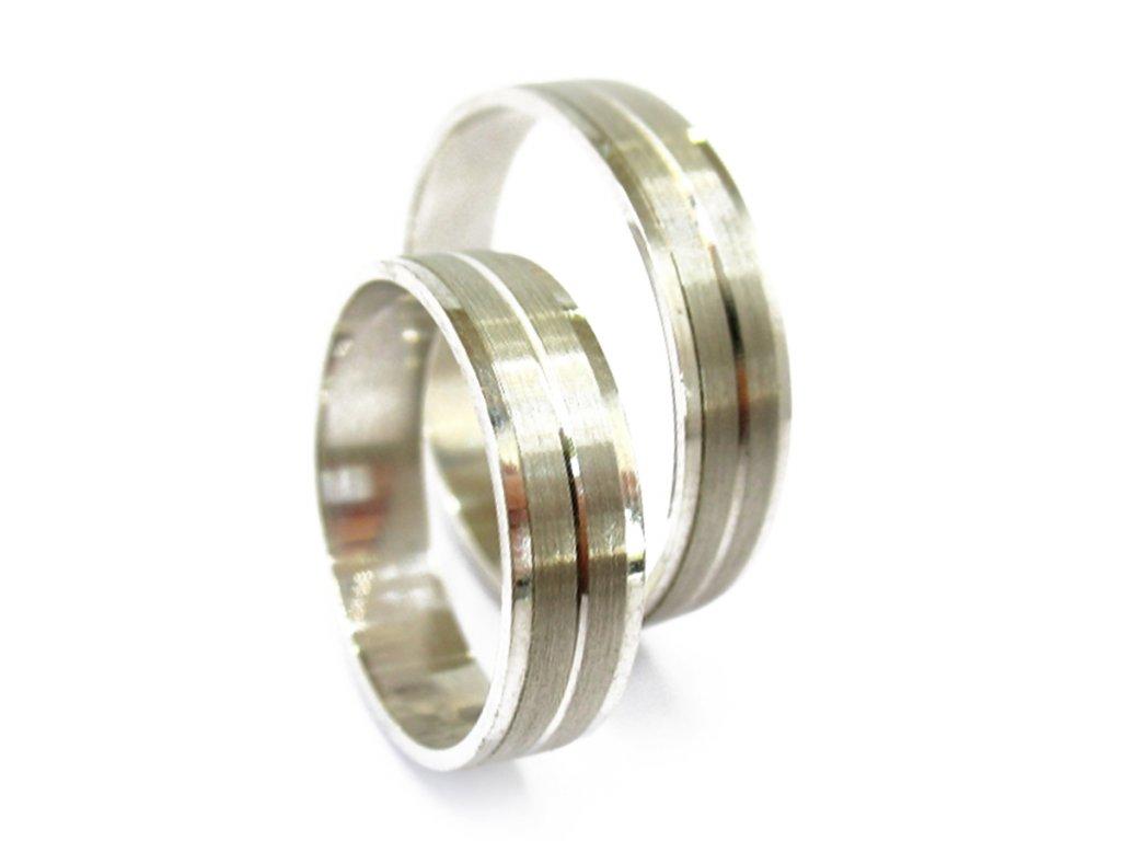 3212 1 zlate snubni prsteny