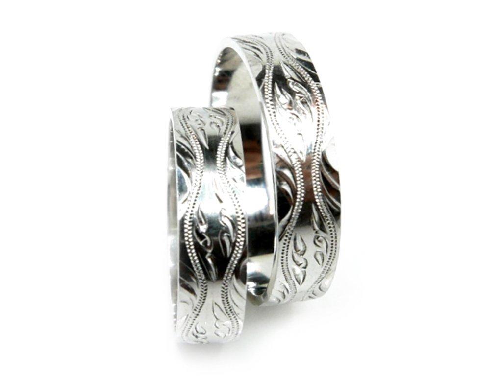 3227 1 zlate snubni prsteny