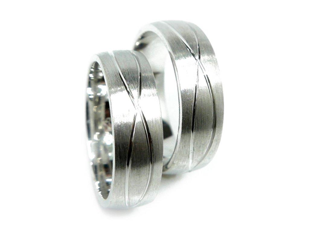 3266 1 zlate snubni prsteny
