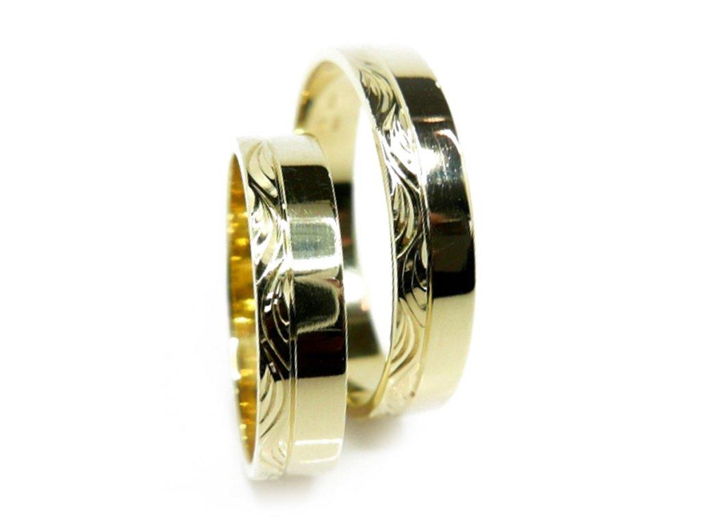 3272 1 zlate snubni prsteny
