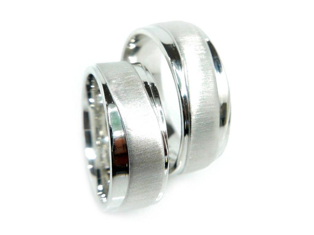 3347 1 zlate snubni prsteny