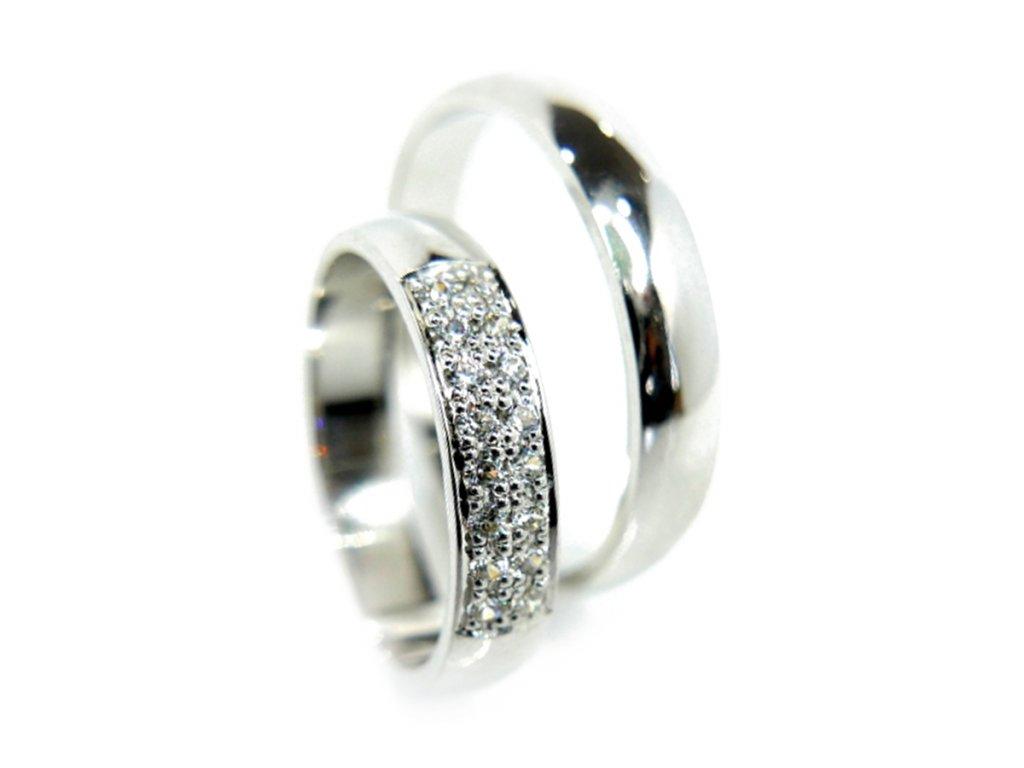 Zlaté snubní prsteny (Kameny S Moissanity)