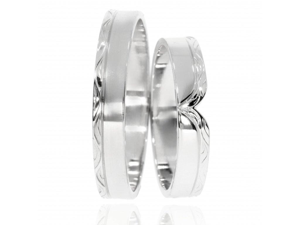 3554 1 zlate snubni prsteny