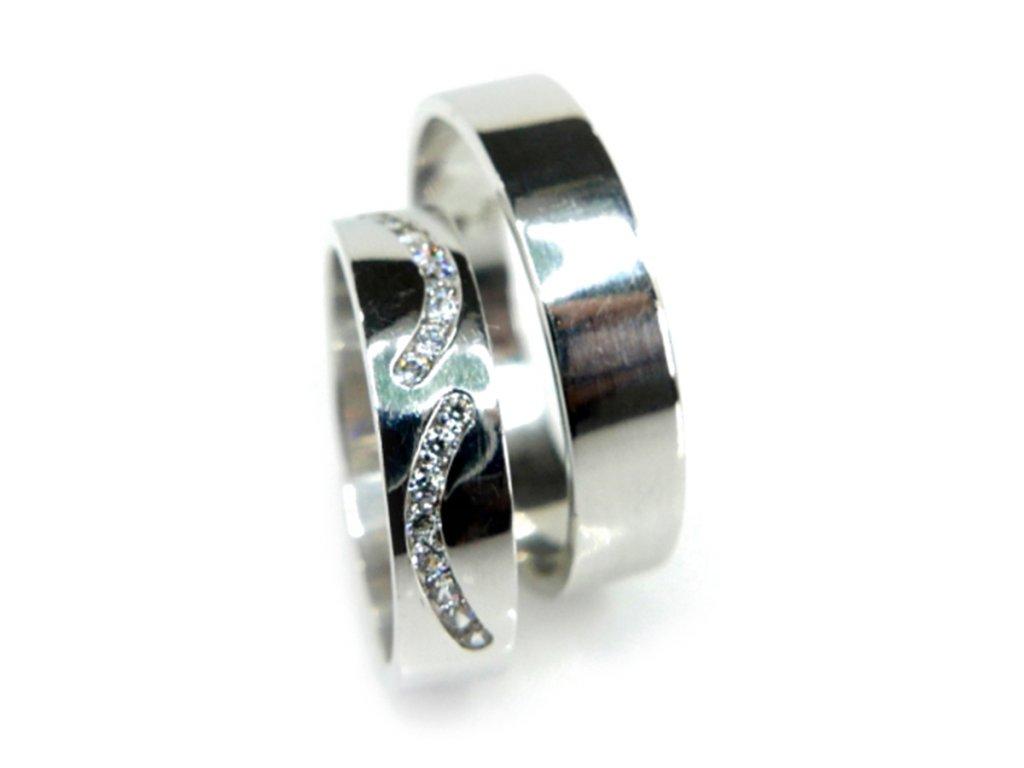 Zlaté snubní prsteny (Kameny Se Zirkony)