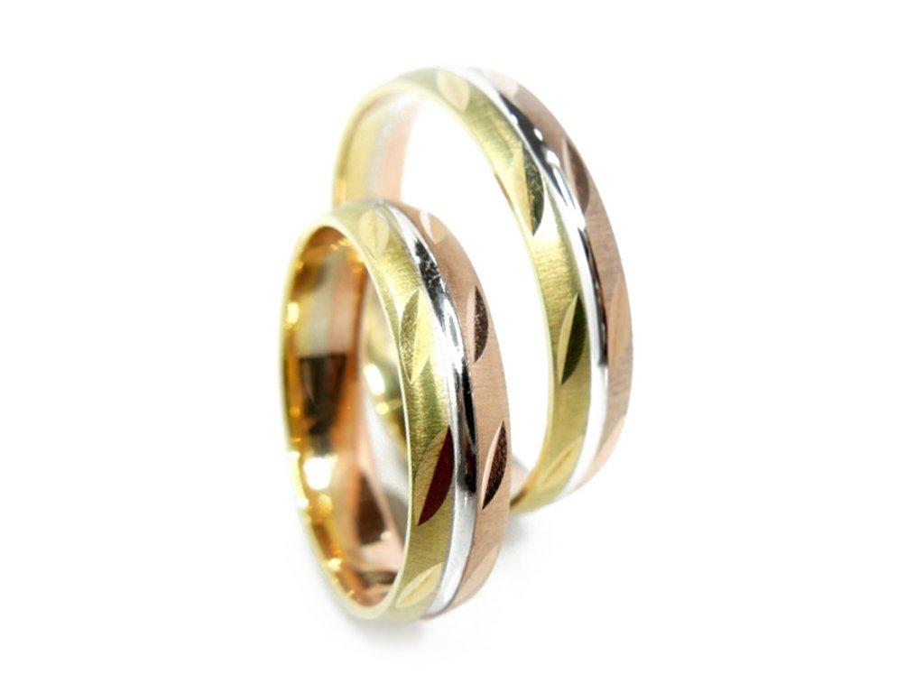 3908 1 zlate snubni prsteny