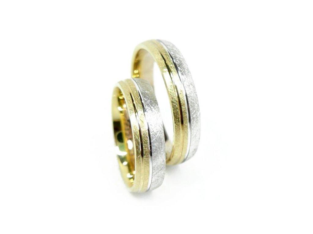 3956 1 zlate snubni prsteny