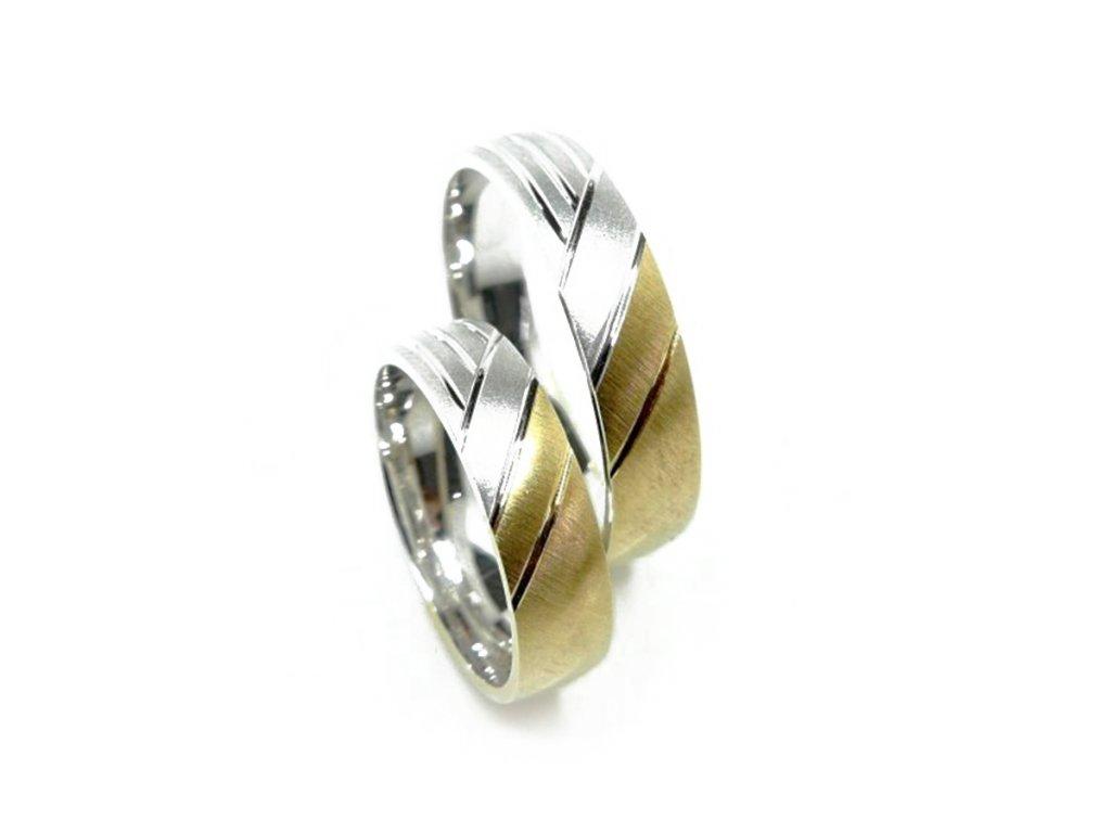 3968 1 zlate snubni prsteny