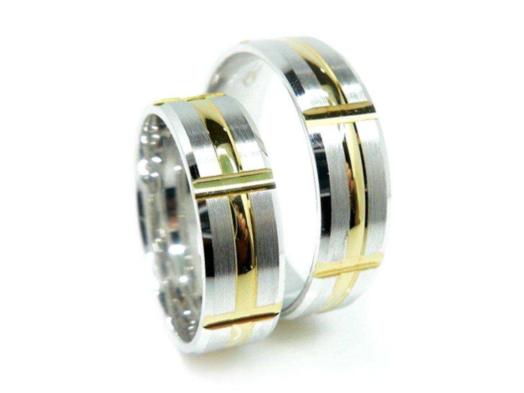 4310 1 zlate snubni prsteny